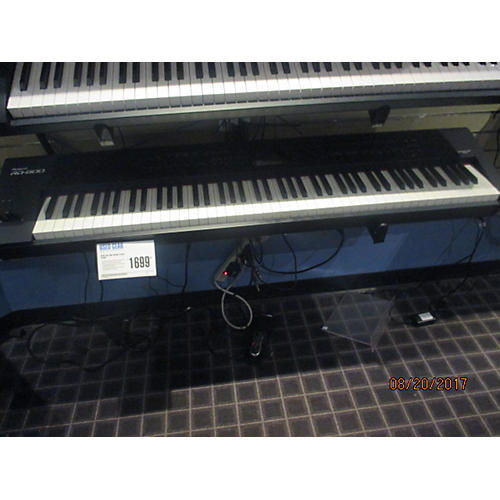 Roland RD800 Stage Piano-thumbnail