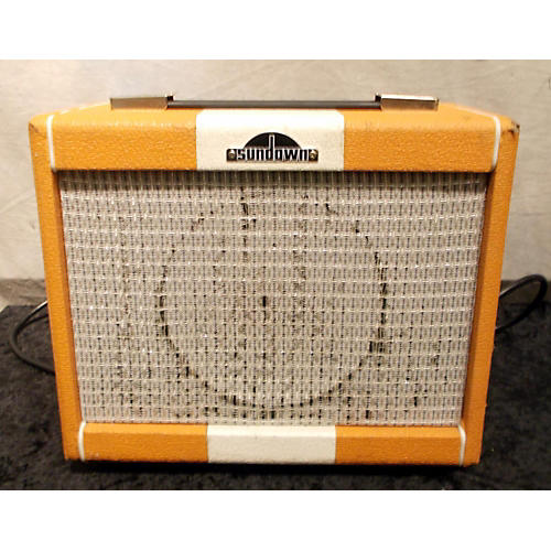 In Store Used ROVER 15R Guitar Combo Amp-thumbnail