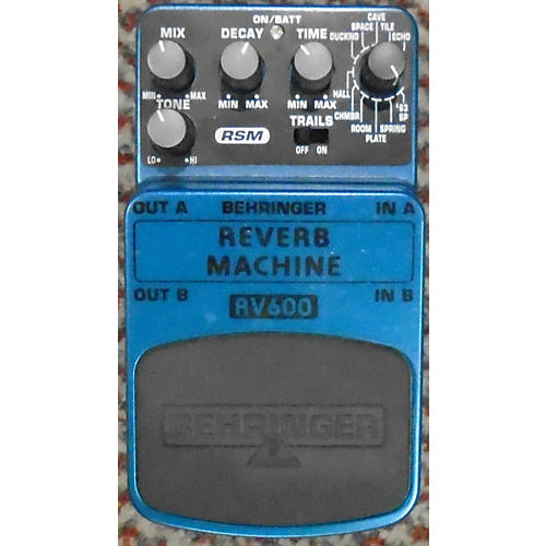 used behringer rv600 reverb machine effect pedal guitar center. Black Bedroom Furniture Sets. Home Design Ideas
