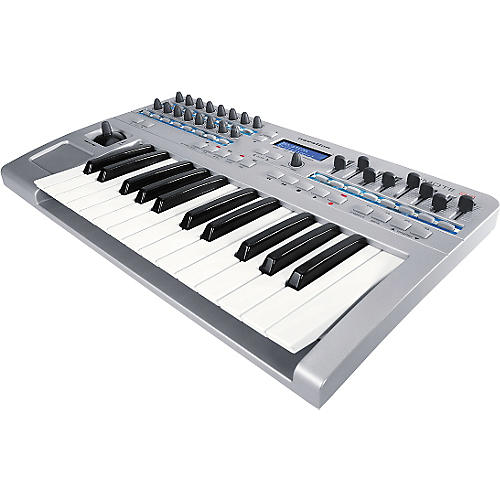 Novation ReMOTE 25 2-Octave MIDI Controller
