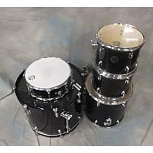 Dixon Riot Drum Kit