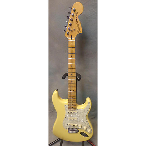Fender Roadhouse Stratocaster White Blonde Solid Body Electric Guitar-thumbnail