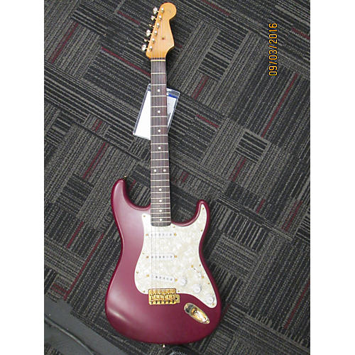 Fender Robert Cray Signature Stratocaster Electric Guitar-thumbnail