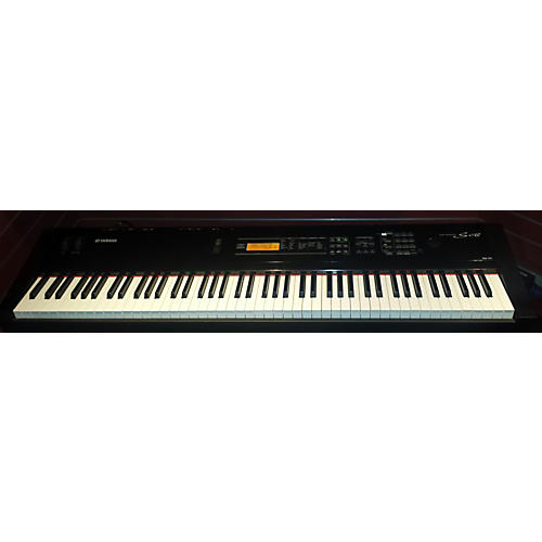 Yamaha S08 Keyboard Workstation