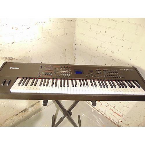 Yamaha S70XS Keyboard Workstation