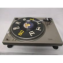 Technics SL-1200 Turntable