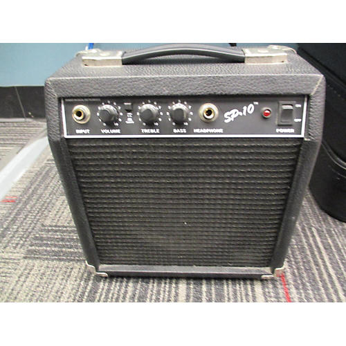 Starcaster by Fender SP10 Guitar Combo Amp