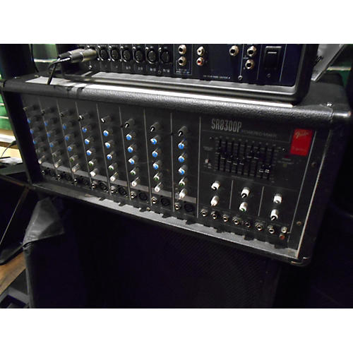 Fender SR8300P Powered Mixer