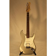 Tradition STRATOCASTER Solid Body Electric Guitar