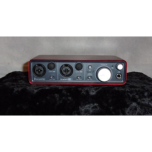Focusrite Scarlett 2i2 USB Audio Interface-thumbnail