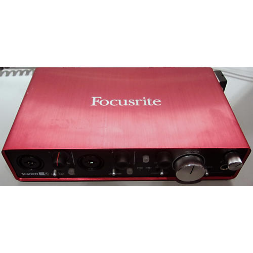 used focusrite scarlett 2i4 2nd gen audio interface guitar center. Black Bedroom Furniture Sets. Home Design Ideas