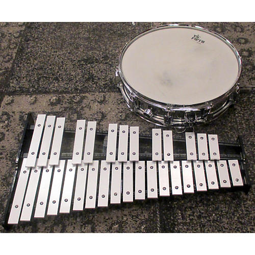 Pearl Snare And Bell Kit Drum-thumbnail