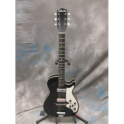 Silvertone Solidbody Electric Solid Body Electric Guitar