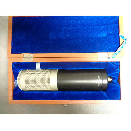 Sterling Audio St77 Condenser Microphone