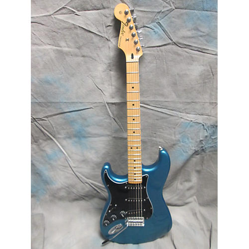 Fender Standard Stratocaster Left Handed