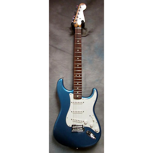 Fender Standard Stratocaster MIM Solid Body Electric Guitar