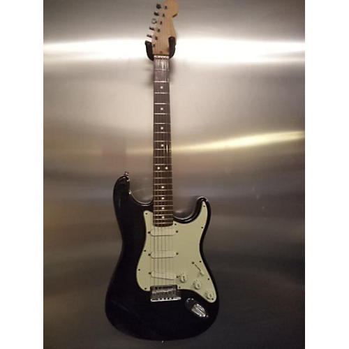 Fender Standard Stratocaster Plus Solid Body Electric Guitar-thumbnail