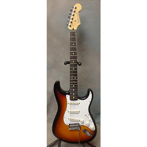 Fender Standard Stratocaster Solid Body Electric Guitar-thumbnail