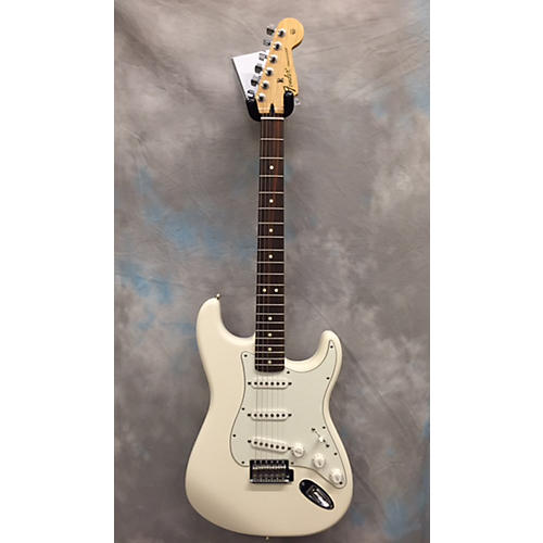Fender Standard Stratocaster White Solid Body Electric Guitar
