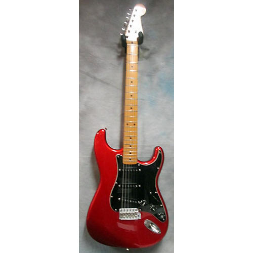 Fender Statocaster Solid Body Electric Guitar-thumbnail