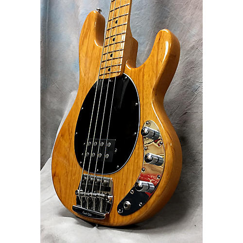 used ernie ball music man stingray classic 4 string active passive electric bass guitar