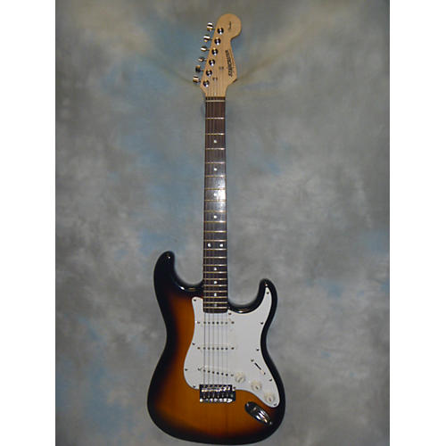 Starcaster by fender electric guitar : Samsung 40 hd smart tv