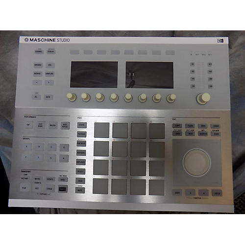 Native Instruments Studio DJ Controller-thumbnail