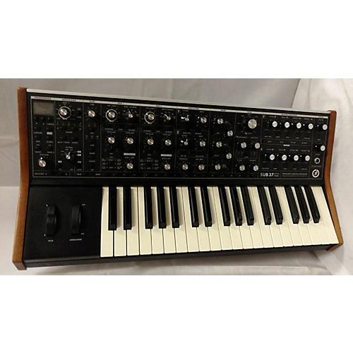 Guitar Center Synthesizers : used moog sub 37 synthesizer guitar center ~ Vivirlamusica.com Haus und Dekorationen