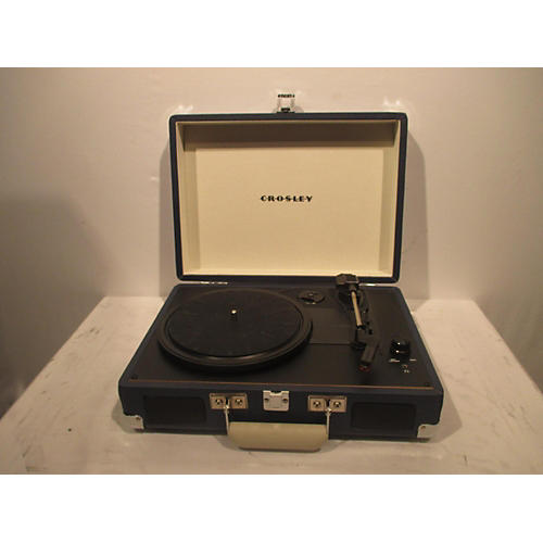 used crosley suitcase record player turntable guitar center. Black Bedroom Furniture Sets. Home Design Ideas