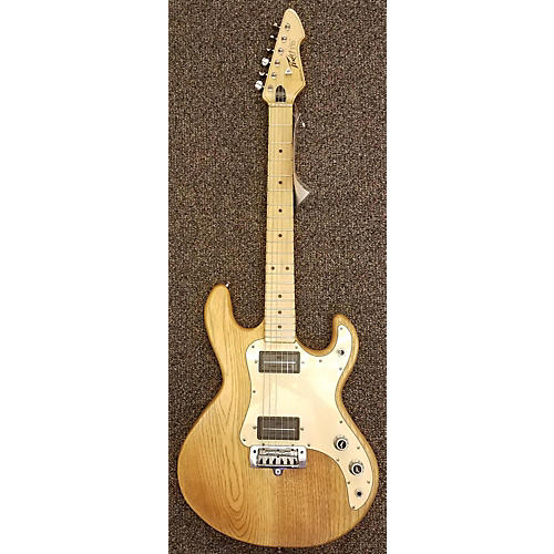 Peavey T-15 Solid Body Electric Guitar-thumbnail