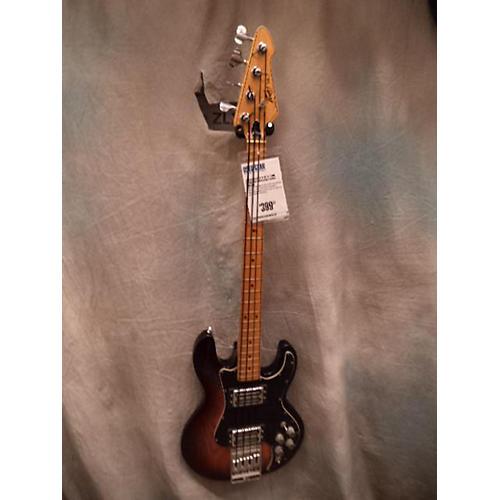 Peavey T-40 Electric Bass Guitar