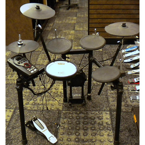 used roland td11 black electronic drum set guitar center. Black Bedroom Furniture Sets. Home Design Ideas