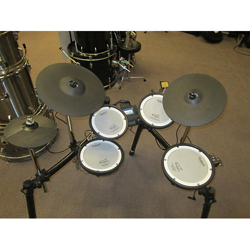 used roland td4kx2 electric drum set guitar center. Black Bedroom Furniture Sets. Home Design Ideas