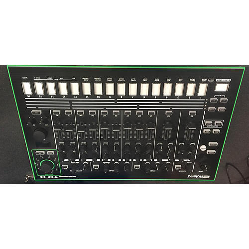 Roland TR-8 Synthesizer-thumbnail