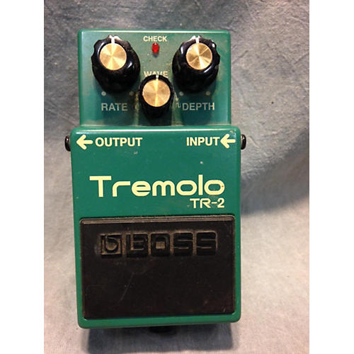 Boss TR2 Tremolo Green Effect Pedal-thumbnail