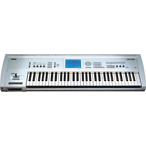 Korg TRITON 61-Key Workstation with CD ROMs-thumbnail
