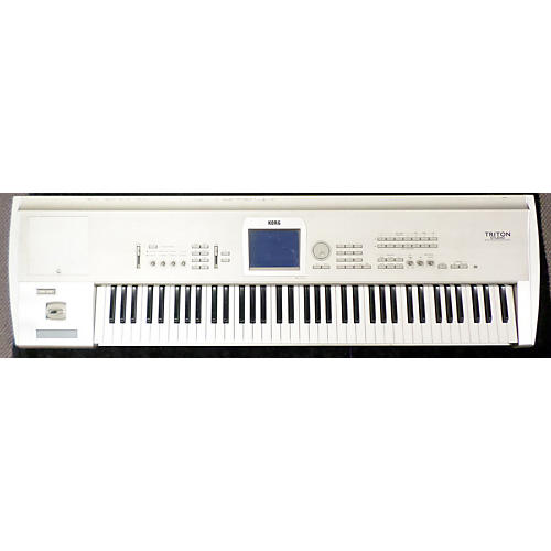 Korg TRITON ST76 Keyboard Workstation