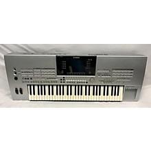 Yamaha TYROS Arranger Keyboard