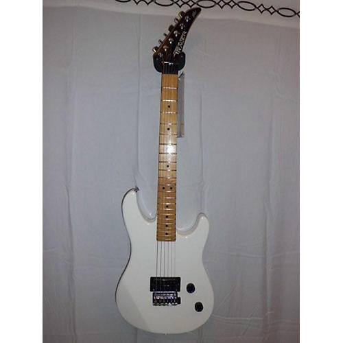Peavey Tracer Solid Body Electric Guitar-thumbnail