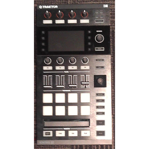 Native Instruments Traktor Kontrol D2 MIDI Controller