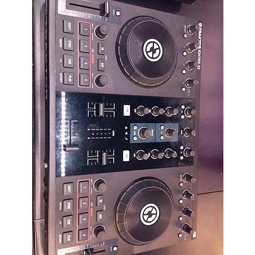 Native Instruments Traktor Kontrol S2 DJ Controller