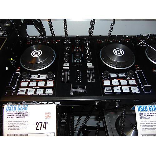 Native Instruments Traktor Kontrol S2 MKII Black DJ Controller