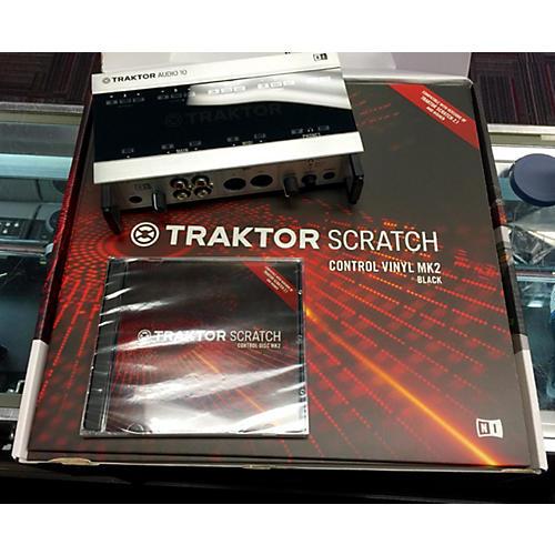 Native Instruments Traktor Scratch A10 DJ Package