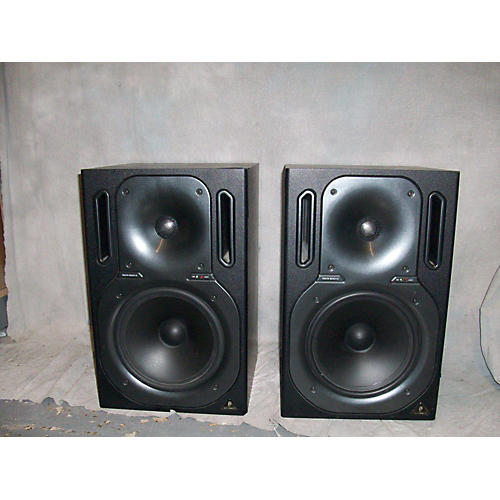Behringer Truth B3031A Pair Powered Monitor