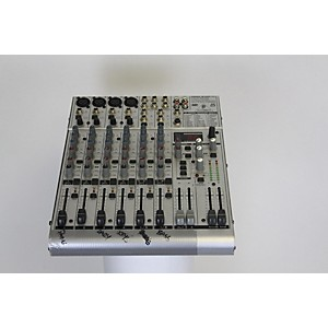 Pre-owned Behringer UB1204FX Powered Mixer by Behringer