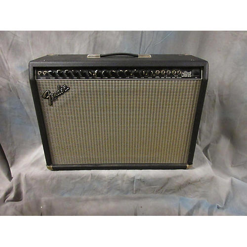 Fender ULTIMATE CHORUS 212 Guitar Combo Amp