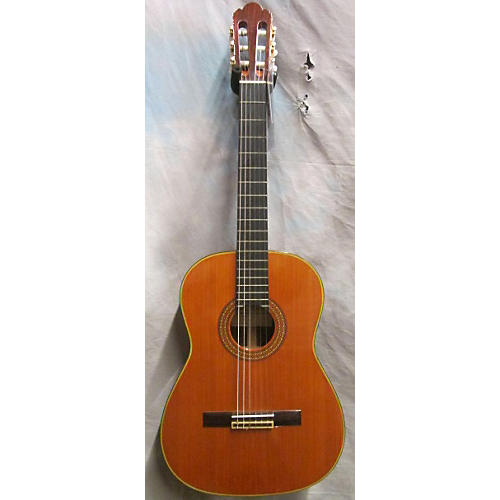 In Store Used Used M. Horabe 1980s Model 25 Cedar Classical Acoustic Guitar