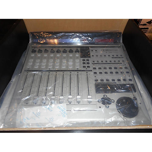 In Store Used Used Mack16 MCU PRO Universal Control Surface Control Surface-thumbnail