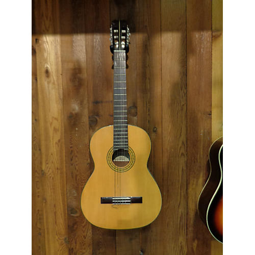 In Store Used V-1584 Classical Acoustic Guitar