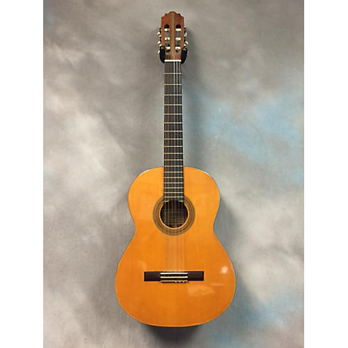 In Store Used V1586 Classical Acoustic Guitar-thumbnail